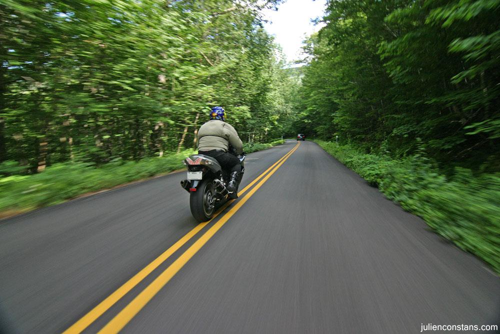 Kawasaki ZX14 rolling