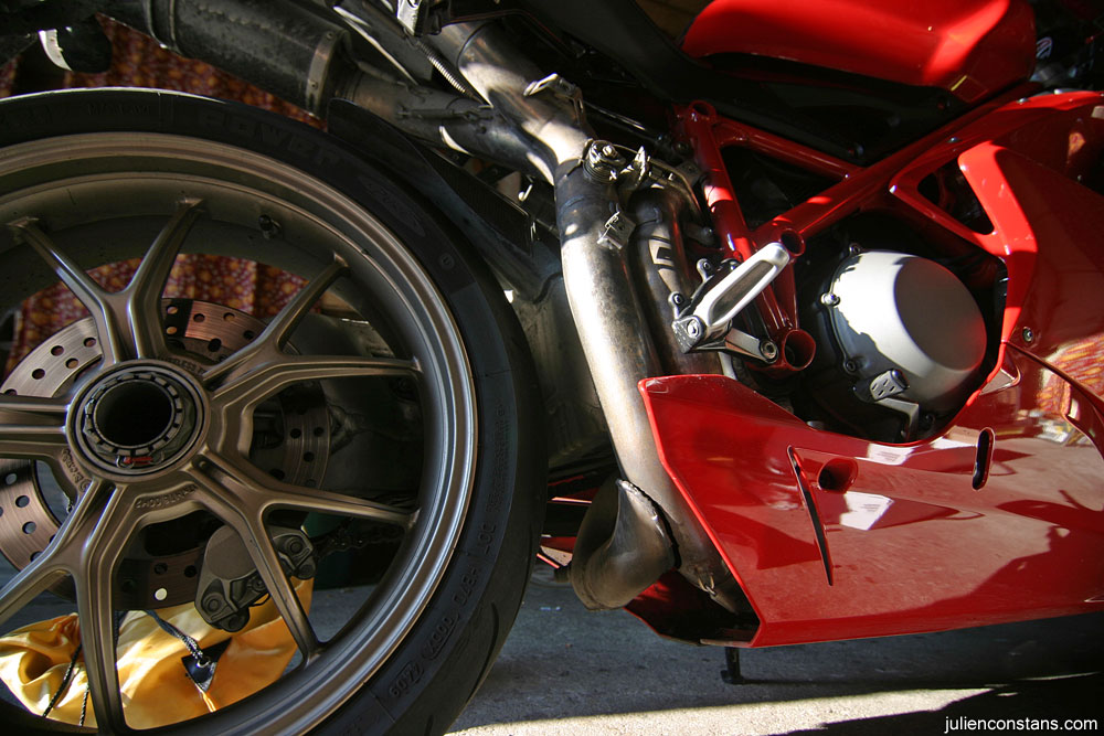 Ducati cracked exhaust